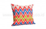 Bantal Sofa Decoration Motif Zig Zag BRG Q 3488